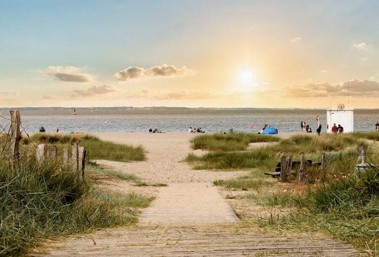 Urlaub im Landhaus Kanzler - Ostsee Strand und Dünen im Sonnenuntergang